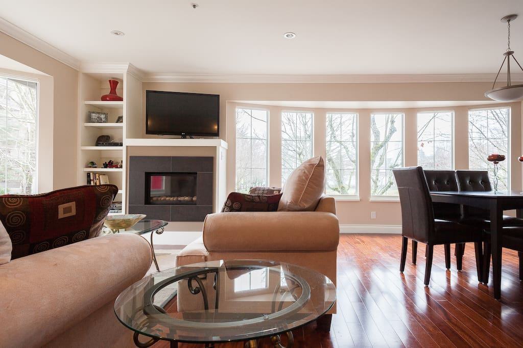 South Granville 2 Bedroom Townhome Houses For Rent In