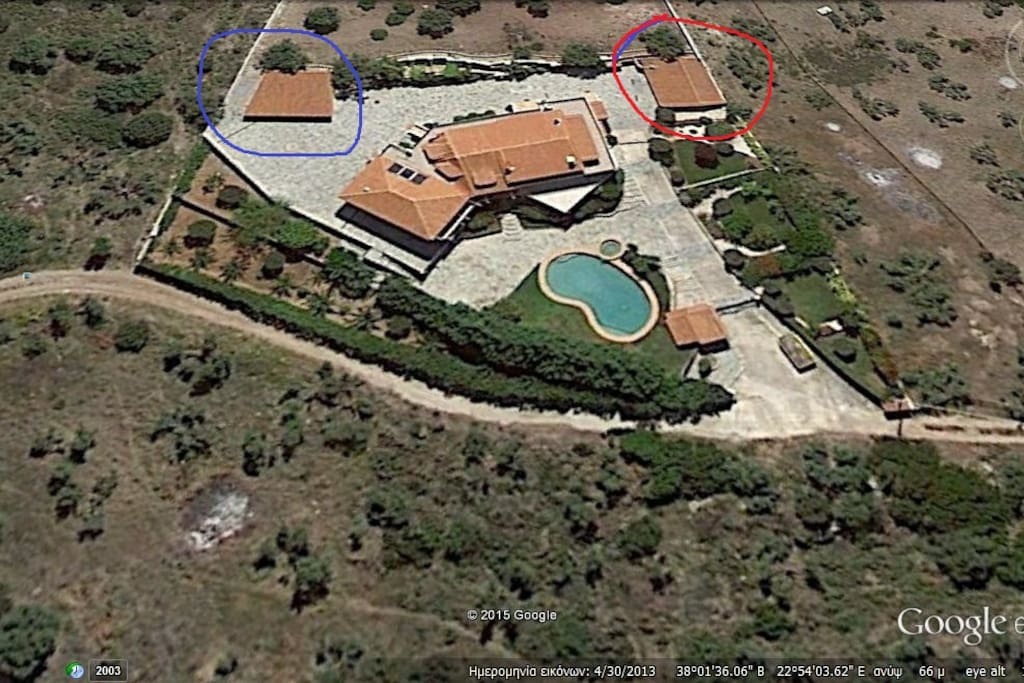The blue circle show' s the parking area, the red circle show' s the independent closed barbecue  and the rest is the house with the swimming pool with the Jacuzzi