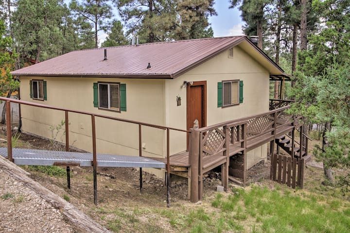 Cozy Ruidoso Ski Cabin w/ Covered Deck & Fireplace