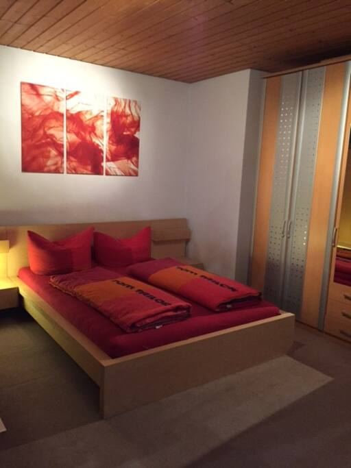 Schlafzimmer mit Franzözische Bett 140m