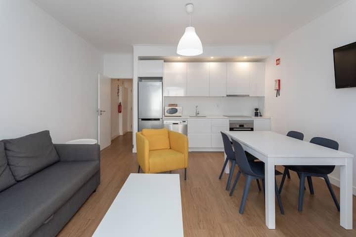 Modern Beachfront Apartment Quarteira