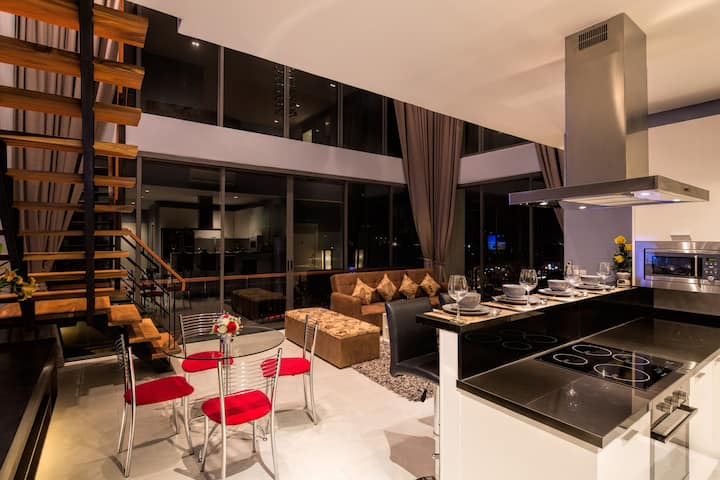 Luxurious  Penthouse with Private Sauna 140 sq.m.