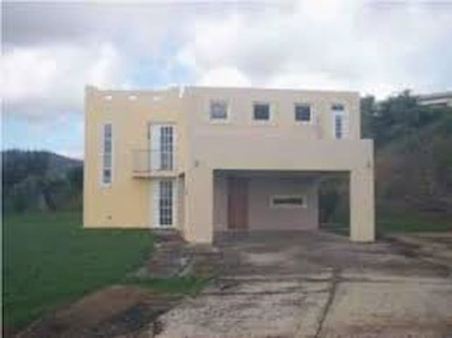 Beautiful views unfurnished 2 level home