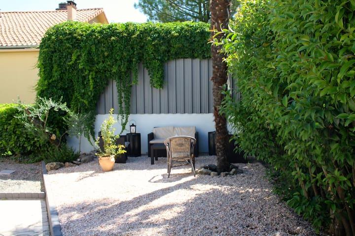 Appartement très cosy avec terrasse - Brignoles