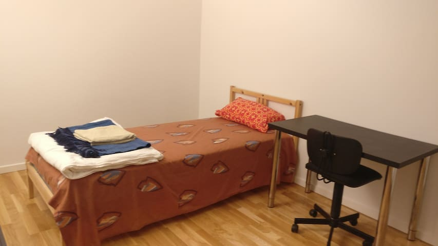 Perfect room close to Aarhus Central Station