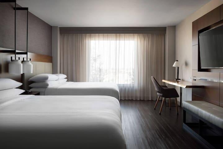 Newly renovated, upscale, modern Visalia Hotel6
