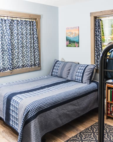 When it's time to turn out the lights, you can rest peacefully in the cottage bedroom.