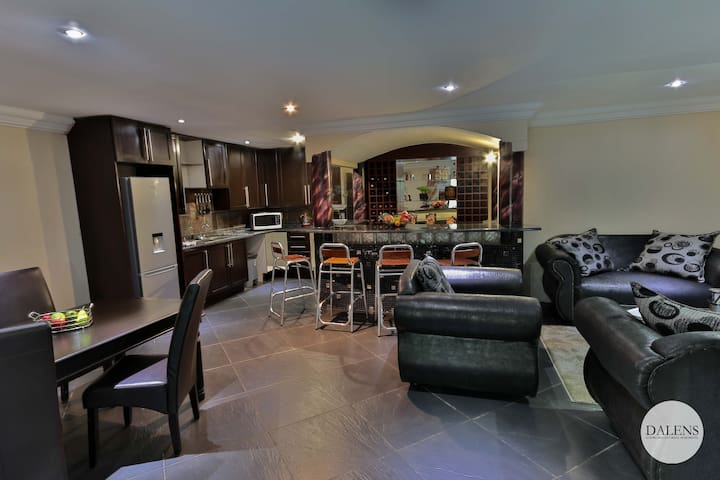 Dalens Self catering apartments Kitchen, lounge and dining room area