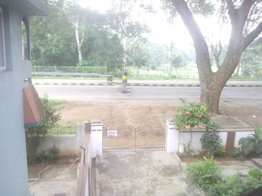 *Balcony : View from the Balcony. You can view the Kukkarahalli lake & the forest nursery from the balcony. One an go for morning walk.  *Parking Area :3 cars can be parked inside the premises.  *Garden:There is beautiful garden area to play for kids