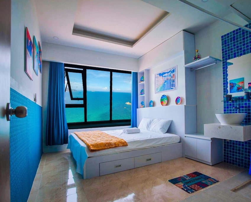 beautiful blue apartment, beautiful sea view, an apartment of a famous female painter in vietnam, it is really a place worthy of experience