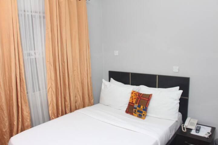 Bjorne Suites - Standard Room