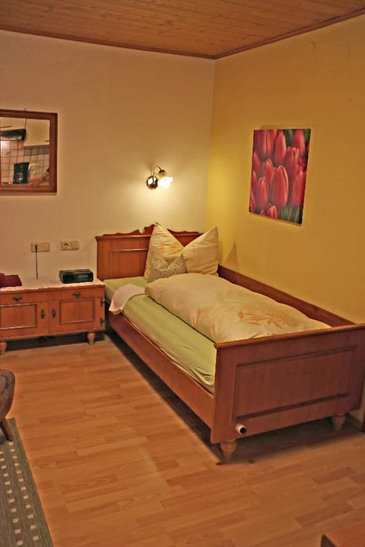 App.-Haus Elisabeth Winklhofer (Bad Füssing), Appartement Landhaus (20qm) mit Wohnküche und WLAN