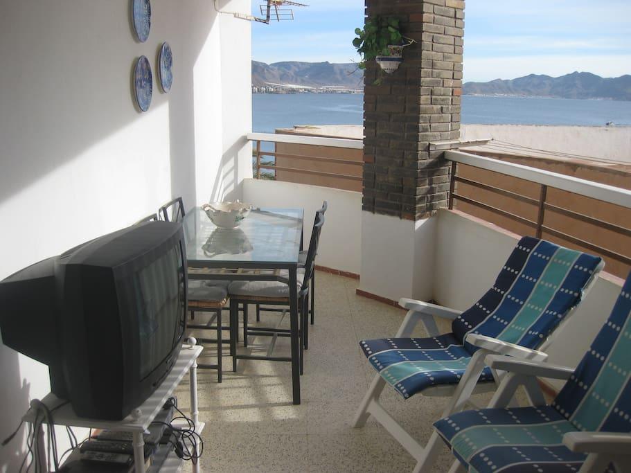Piso en primera linea de playa houses for rent in puerto for Pisos puerto de mazarron