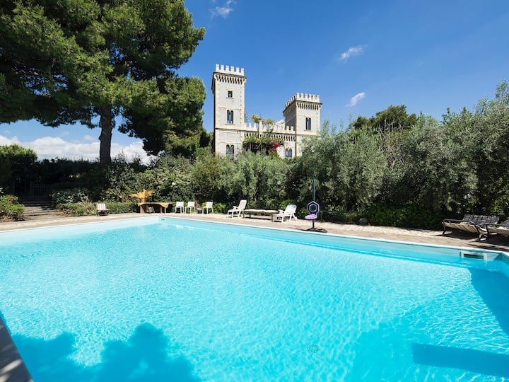 Castle with Pool & Park by the Sea in Stazzo