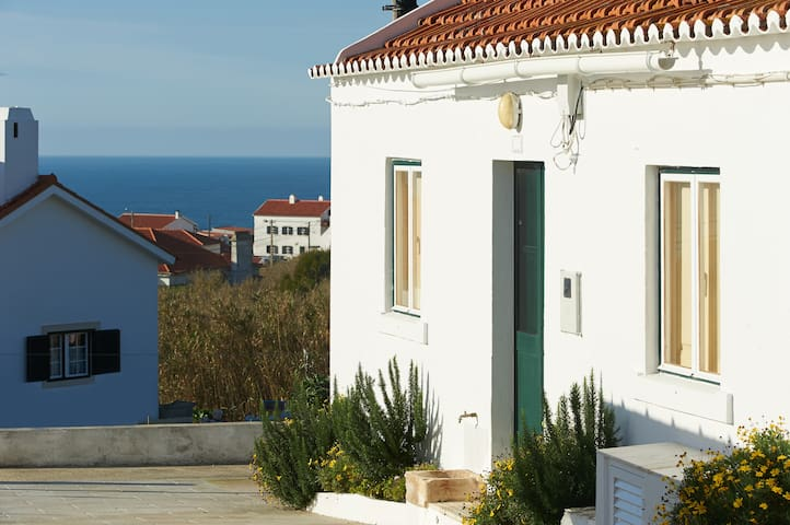 Azenhas do Mar Sintra beach house 2