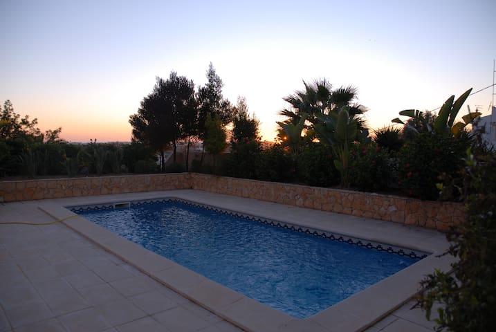 Prachtige villa met zeezicht! - Albufeira - Talo