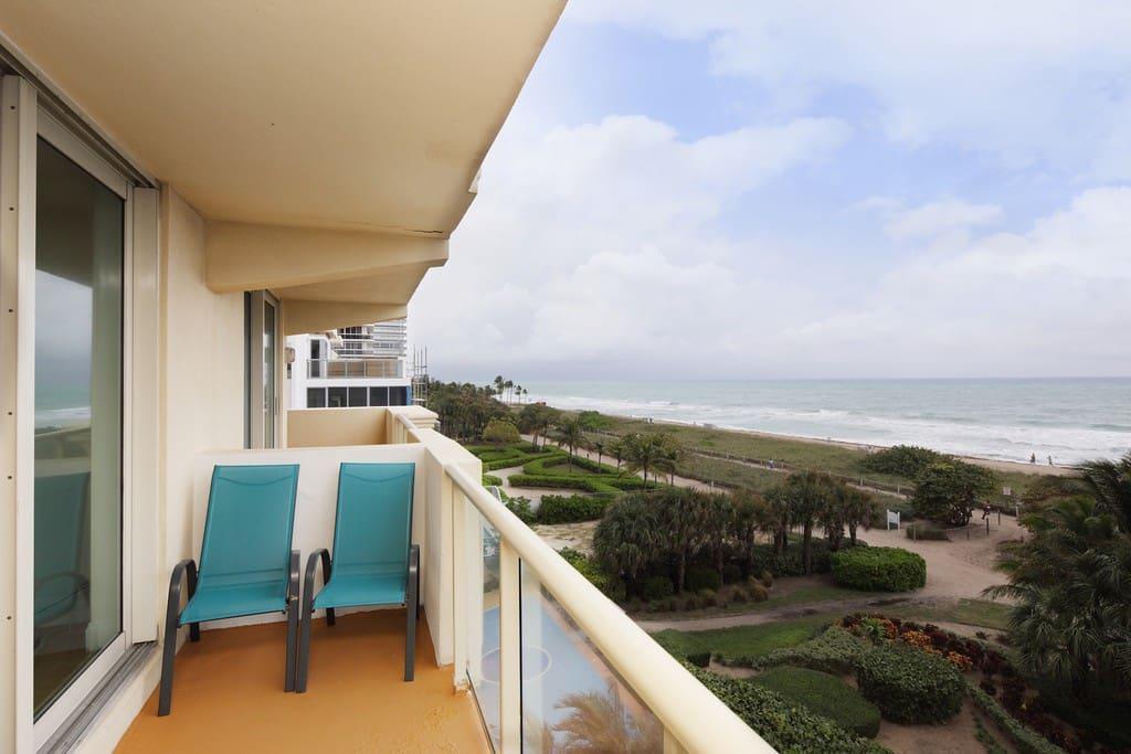 Both balconies belong to apt.