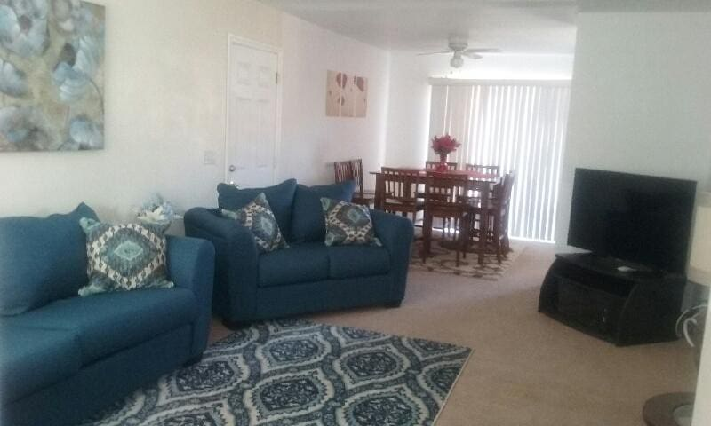 Private, spacious, comfy 3br/2ba near JTNP