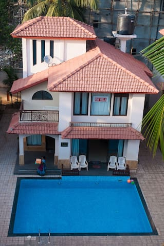 SNS Beachholidayvilla with pvt.pool - Calangute - Villa