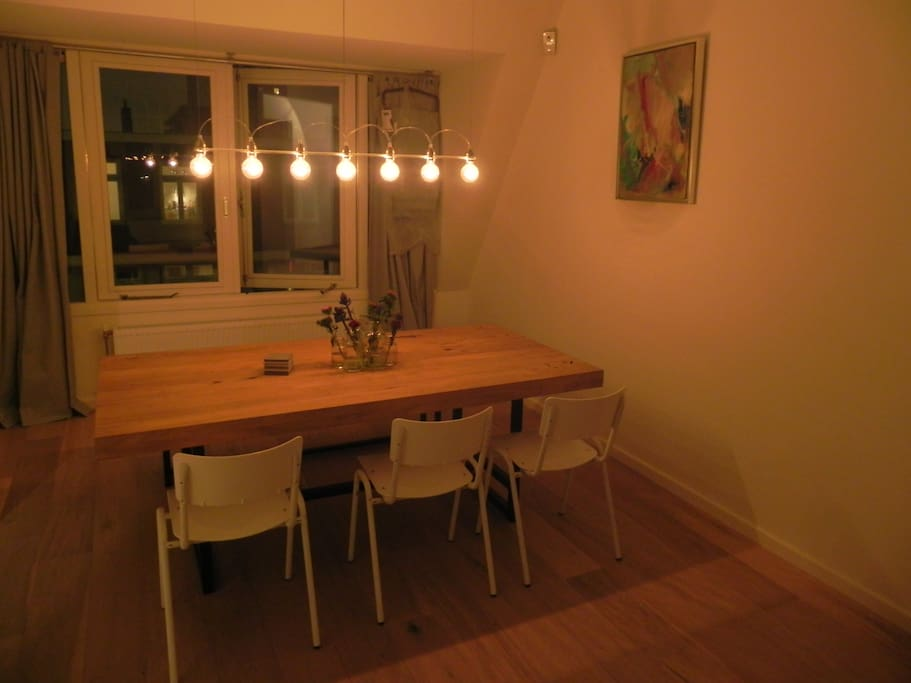 Cosy dining at night too!