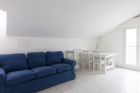 New Bright 2 Minutes from the Sea - Appartement