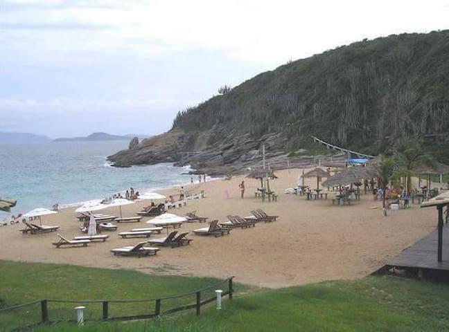 Suíte no paraíso da Praia das Caravelas - Búzios
