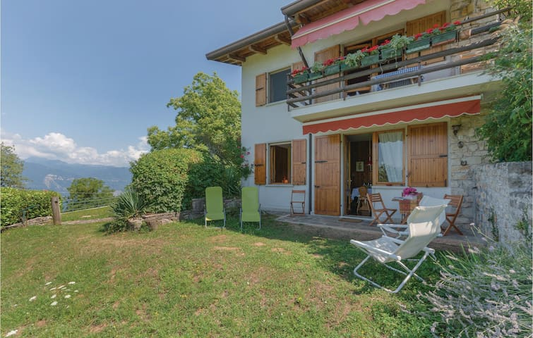 Holiday apartment with 2 bedrooms on 70m² in San Zeno di Montagna