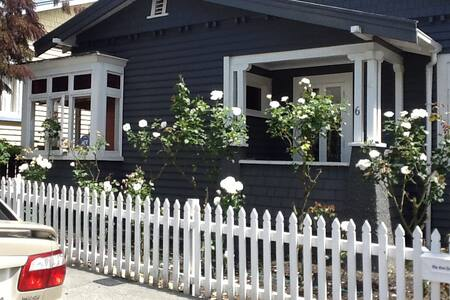 Own Room, Sunny Inner City Cottage - Auckland
