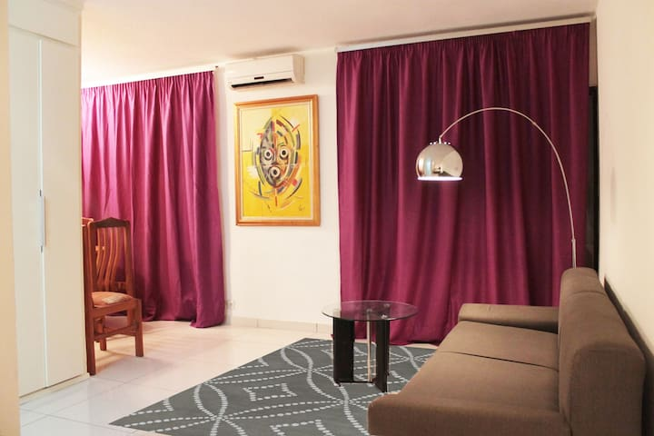 Bright and quiet furnished studio - Abidjan