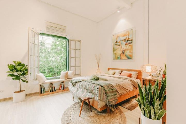 50% OFF: Warmy house in Hoan Kiem/ Old Quarter