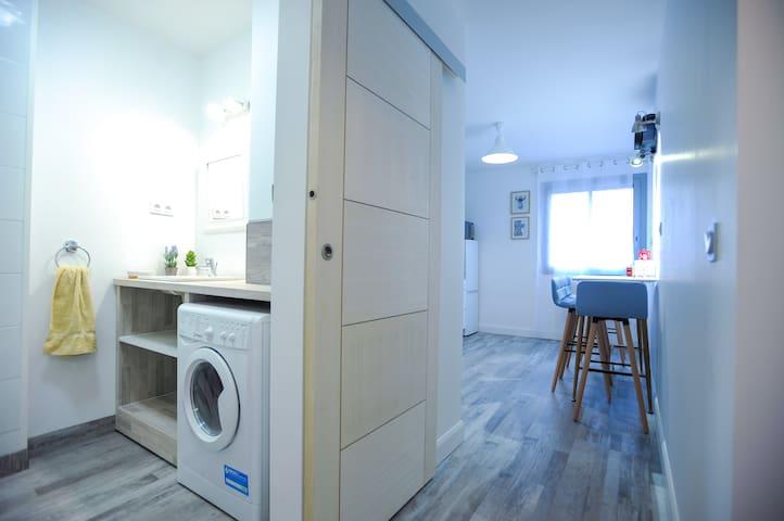 Appartement 2 pièces au centre, parking, wifi