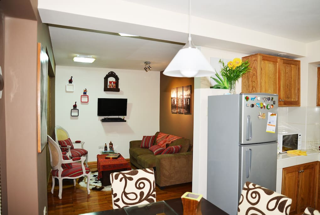 Dining Room - Kitchen - Living Room / Comedor - Cocina - Sala