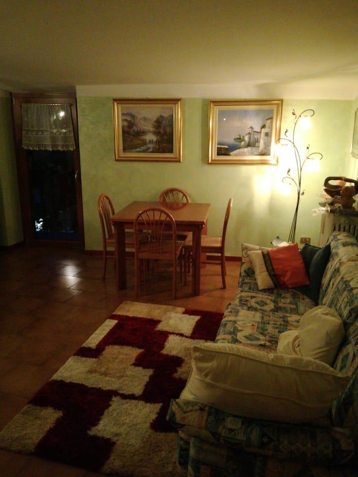 Appartamento tra bergamo e lecco (18 km)  .