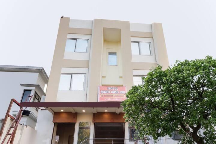 Hotel Jayati Oasis Inn