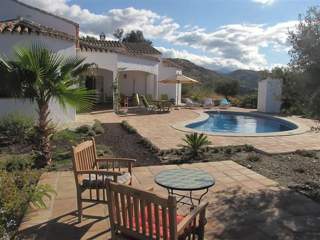 Casa Pimienta: pool, stunning views - Arenas - Villa