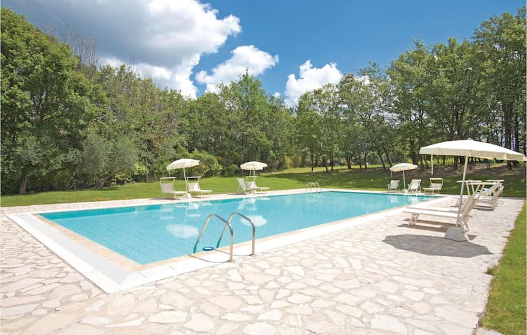 Holiday apartment with 2 bedrooms on 39m² in San Donato in P. FI
