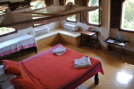 Fatumas Tower: Acacia Suite - Shela - Bed & Breakfast