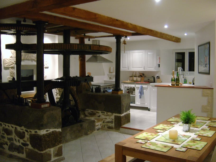 Ground Floor - Dining area and Kitchen