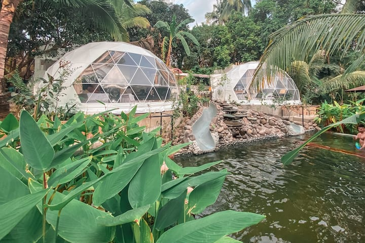 Domescape - Glamping Twin Domes (3 and 4)