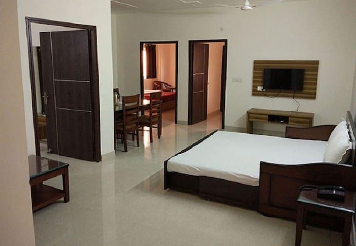 Two bedroom Apartment At Vrindavan