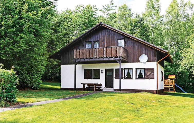 Holiday cottage with 3 bedrooms on 130m² in Thalfang