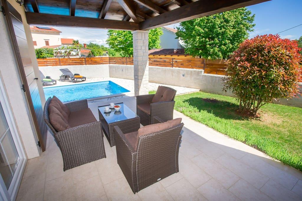 Villa Ena San Lorenzo with private Pool