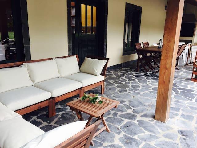 Porche / Terrace