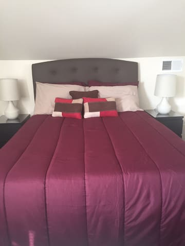 Large Luxurious Private Bed/Bath - Baltimore - Hus