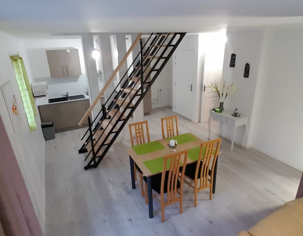 DUPLEX 85m² / PARIS 10MIN / RER D - Stains - Apartment