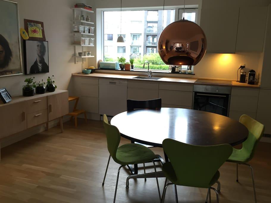 Kitchen and dinningarea
