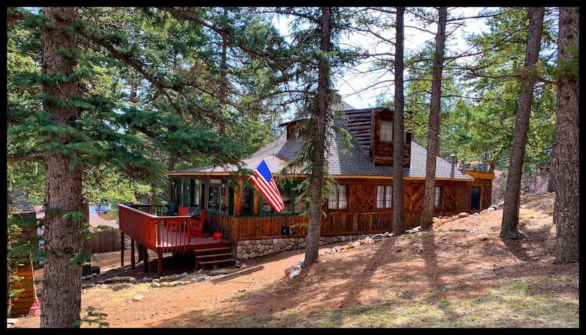 Narnia on Pikes Peak: a 1929 Colorado Cabin