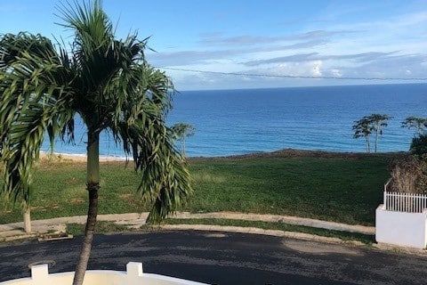 Isabela Coastal Views 5 minutes to the beach