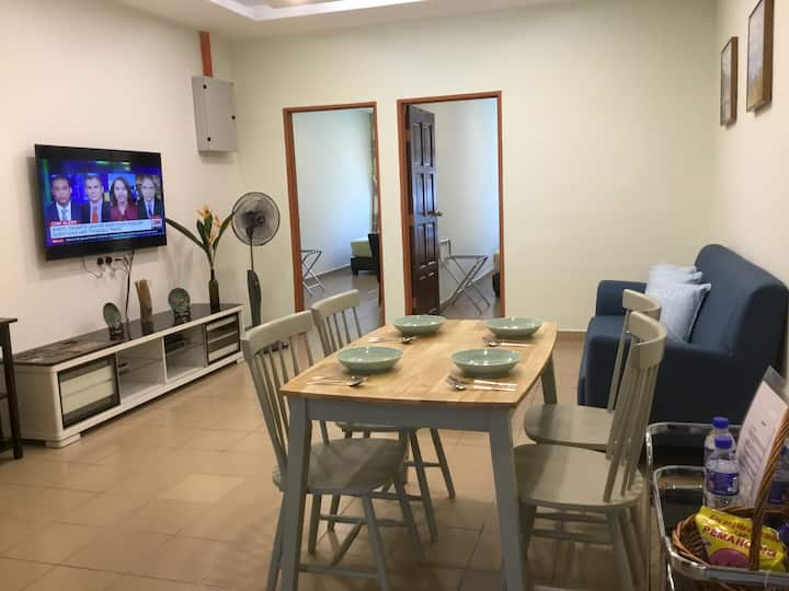 Theater Street Cozy Stay 3 *New*