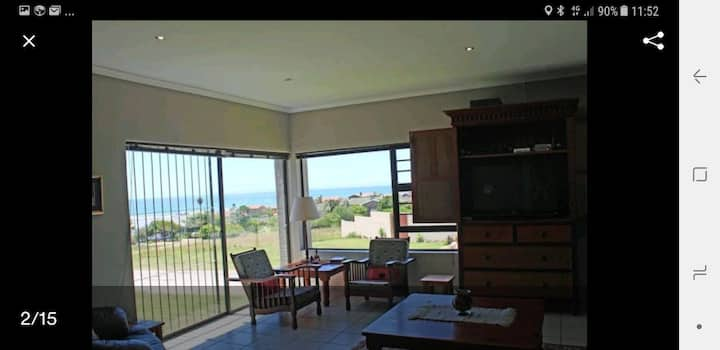 Spacious 3bed with amazing sea views